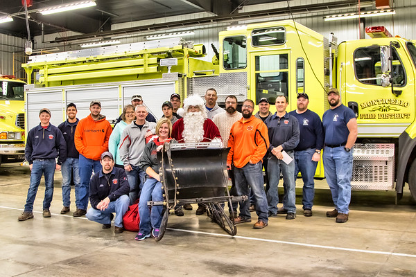 2016 Santa Visits Monticello Fire Department