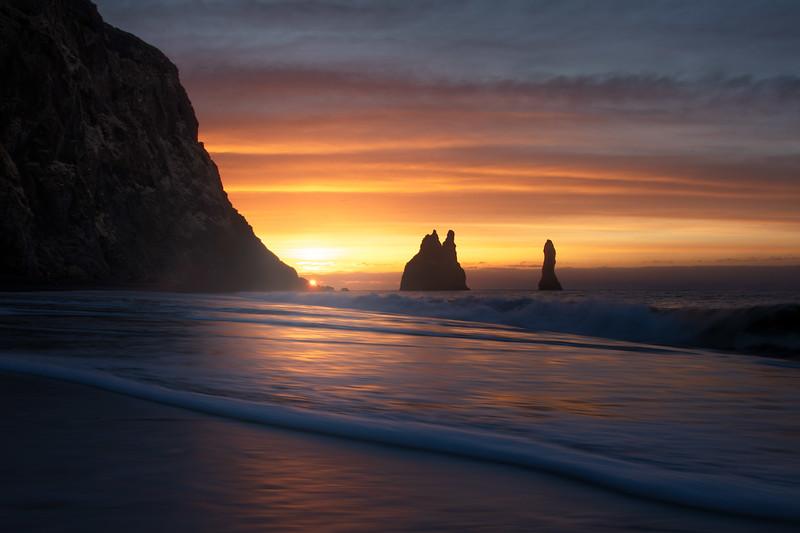 Reynisfjara reynisdrangar sunrise 5 iceland black beach_1.jpg