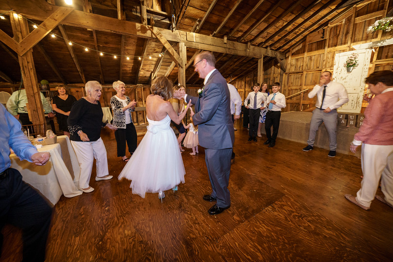 20190601-190723_[Deb and Steve - the reception]_0488.jpg