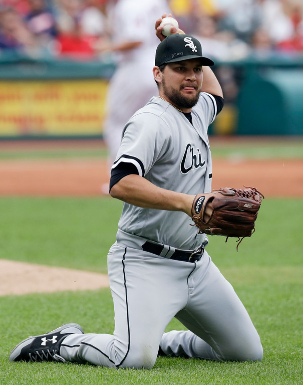 . Chicago White Sox relief pitcher Luis Avilan throws out Cleveland Indians\' Jason Kipnis at first base in the fifth inning of a baseball game, Wednesday, June 20, 2018, in Cleveland. (AP Photo/Tony Dejak)