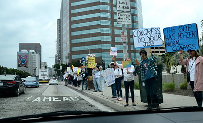 Impeach Trump Rally + Counter Protest