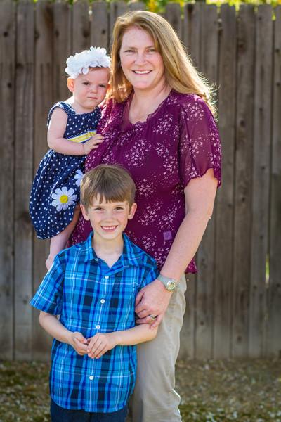 03-27 Hanson Family-210.jpg