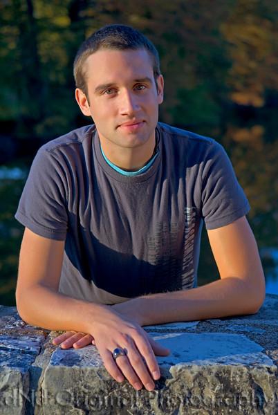 103 Craig White Senior Portraits darker.jpg