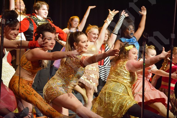 "Ellsworth High School Show Choir's ""The Greatest Show on Earth"""