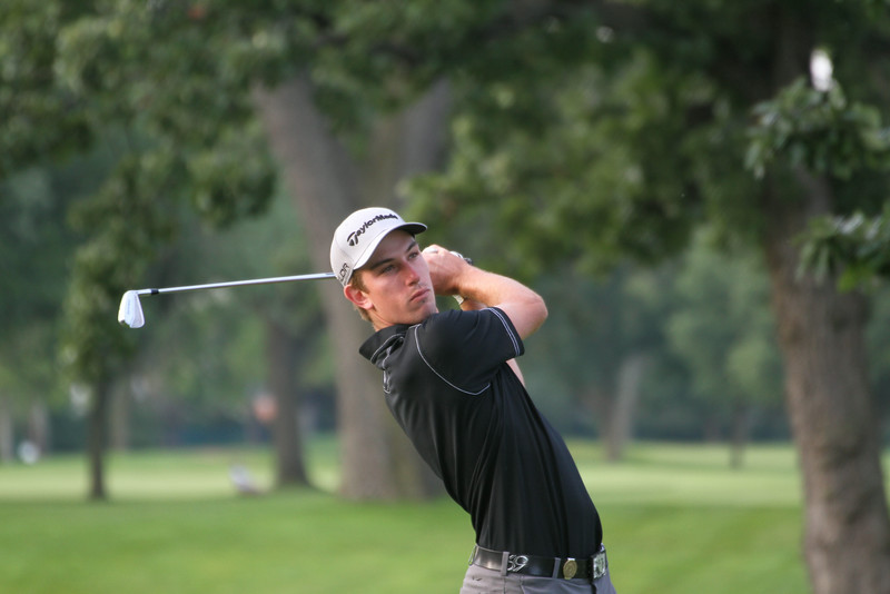 Bobby Holden of Simi Valley, California tees off during the first round of the 2014 Western Amateur Championship.