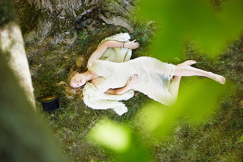 Stylist-Sabine-Feuilloley-Lifestyle-Commercial-Creative-Space-Artists-Management-36-ellaloundon.jpg
