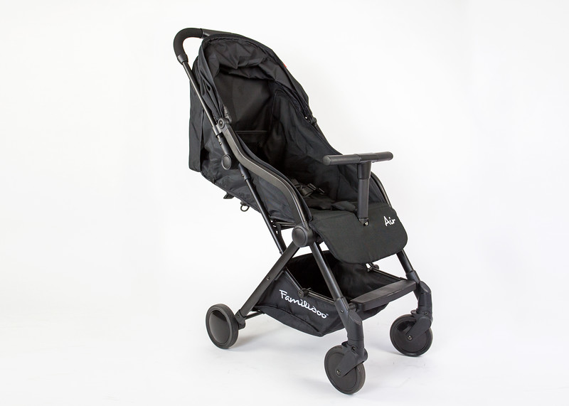 Familidoo_Air_Product_Shot_Black_Side_View_Canopy_Closed.jpg