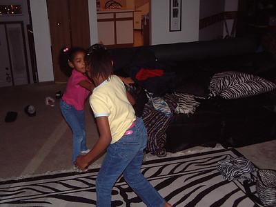 2004-12-20 Dancin' wit Lil Deva's
