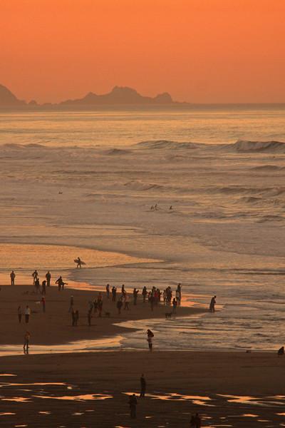 WB~Ocean Beach Surfers Sunset1280.jpg