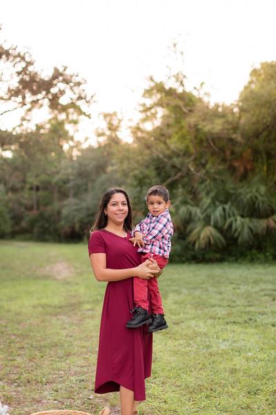 Ariza Family 2020-81.jpg