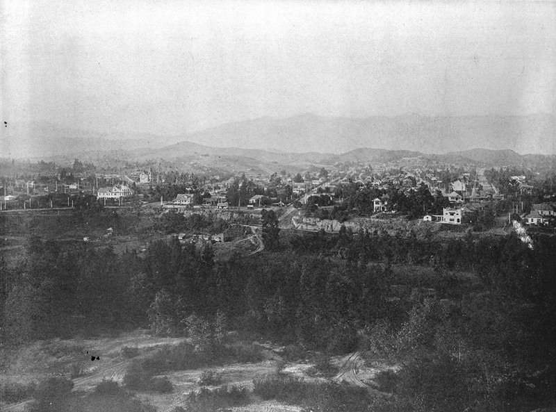 Panoramic view of Garvanza looking north from across the Arroyo Seco