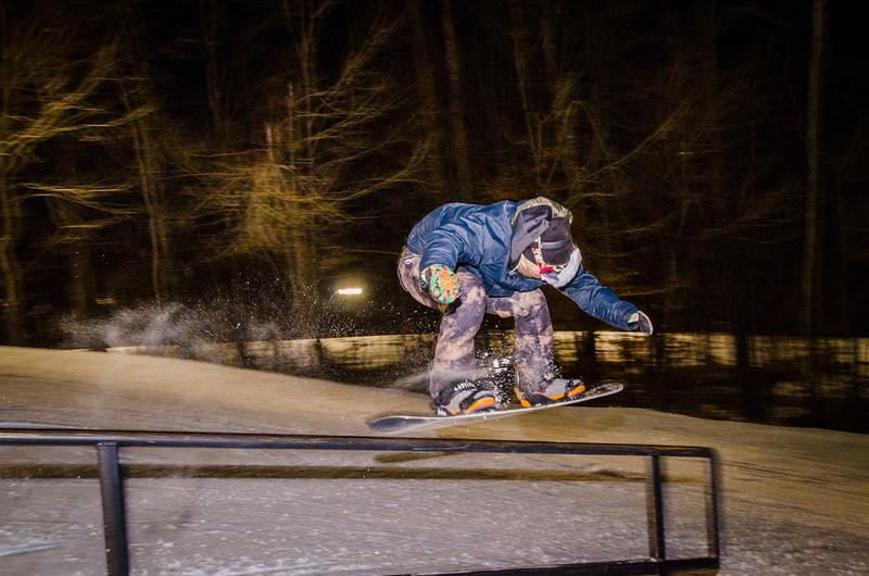 Nighttime-Rail-Jam_Snow-Trails-138.jpg
