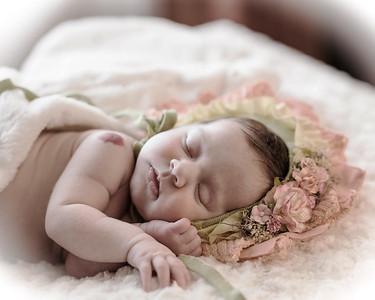 Aspen Becker - Newborn