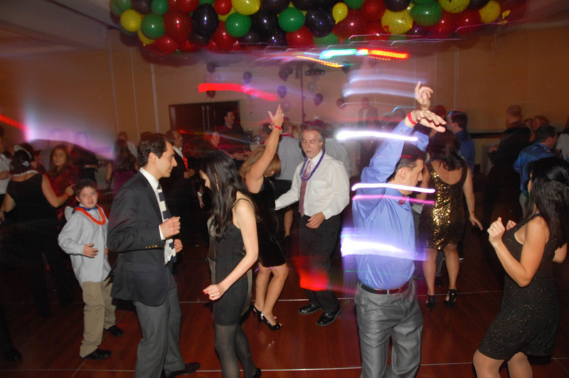 20121231 - Dancing NYE CT - 022-sm.jpg