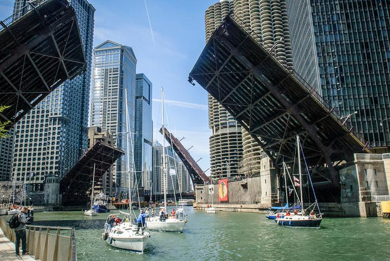 chicago-river_14125877563_o.jpg