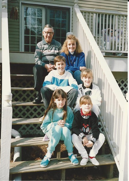 Thanksgiving 1988 - Daddy with all his grandchildren