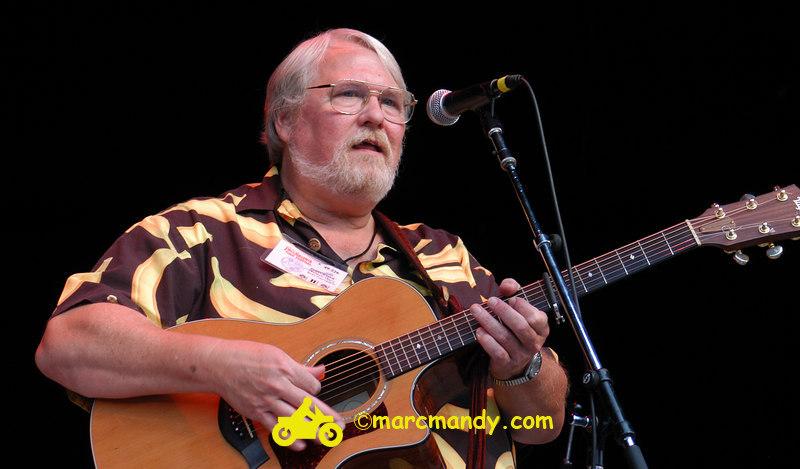 Phila Folk Fest- Sun 8-28 549 Modern Man.JPG