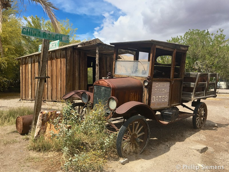 Old truck at China Ranch date farm