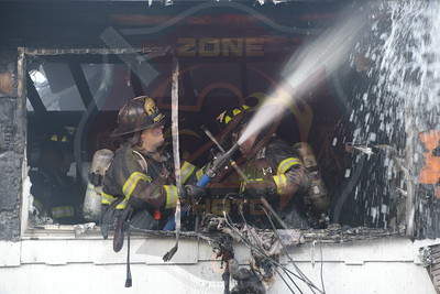 Westbury F.D. Working Fire   Sherman St.  1/2/19