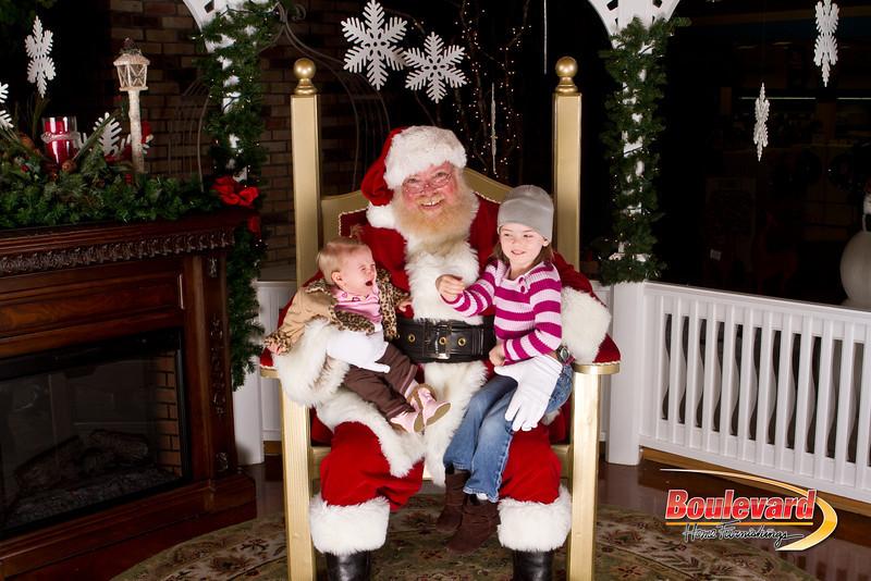 Santa Dec 15-204.jpg