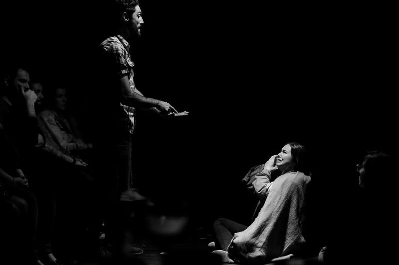 Allan Bravos - Fotografia de Teatro - Indac - Migraaaantes-222-2.jpg