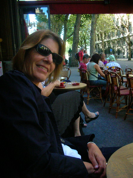 Saturday afternoon lunch at cafe across from Sainte Chapelle.
