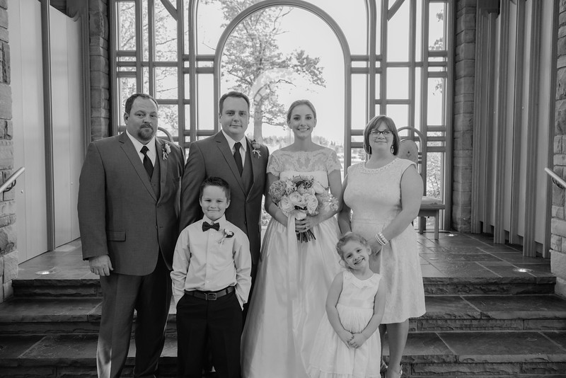Amy+Andy_Wed-0425 (2).jpg