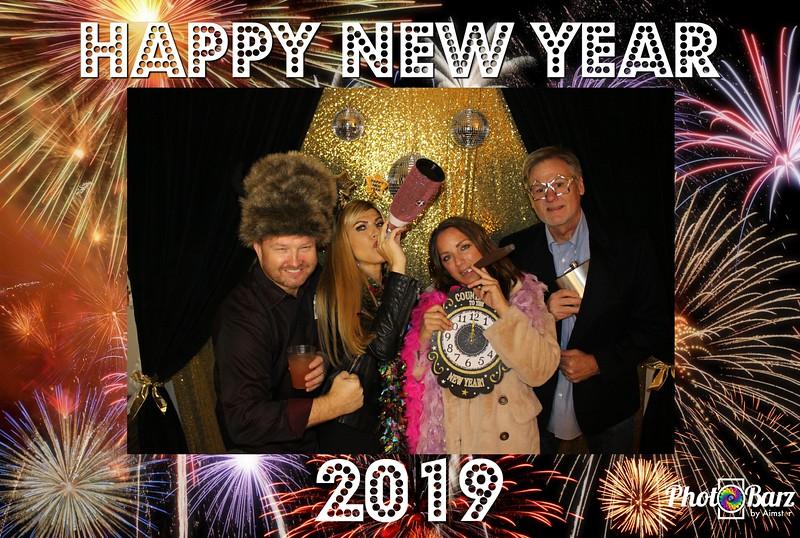 New Years 2019 Photobooth Pics (83).jpg