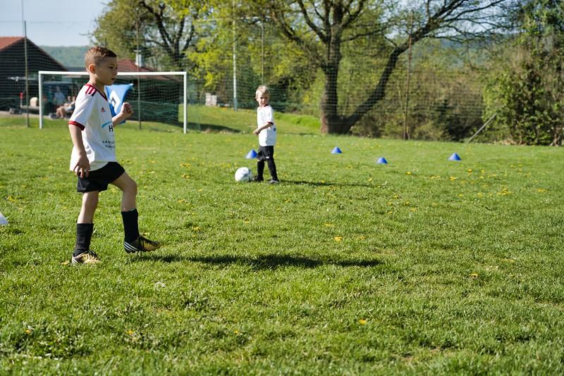 hsv-fussballschule---wochendendcamp-hannm-am-22-und-23042019-u15_32787654807_o.jpg