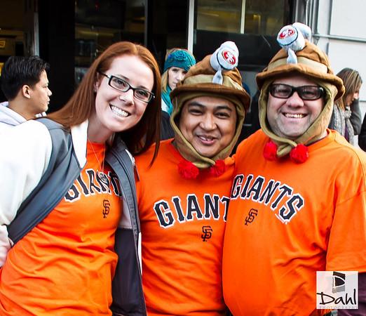 Giants 10-12