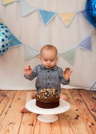 Elijah Cake Smash