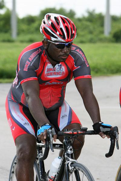Cycling 9-4-06 G2 (60).JPG
