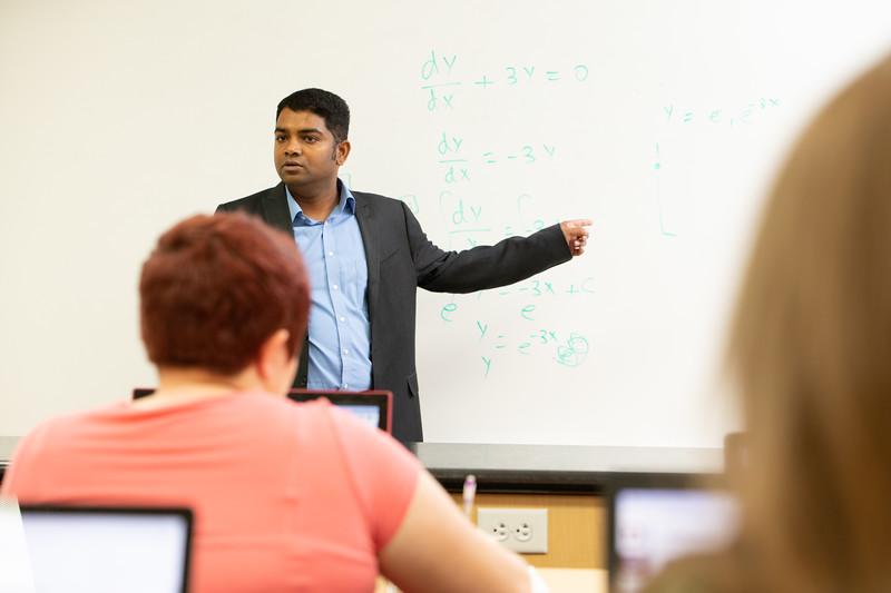 Applied and Computational Math Programs-5055.jpg