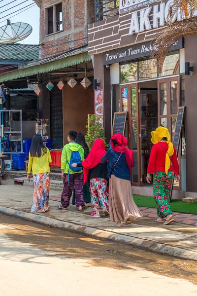 Walking in Vang Vieng