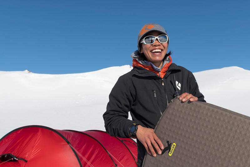 Climb Antarctica Women -1-11-18099621.jpg