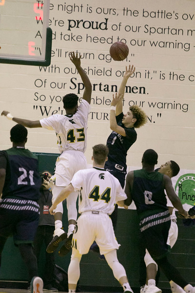 20170127 DHS Boys Bball vs Chino Hills052.jpg