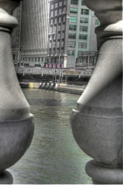 ChicagoRiverThruBalustersDSC_4797_8_9_tonemapped.jpg