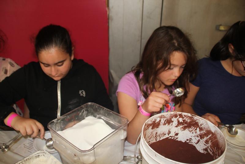 kars4kids_thezone_camp_GirlDivsion_workshops_CulinaryArts (51).JPG