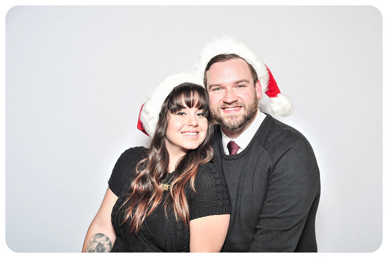 WDTN-TV-Holiday-Photobooth-39.jpg