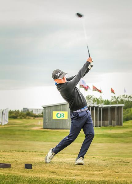 Ólafur Björn Loftsson, GKG, á 11. teig á Garðavelli.  Mynd/seth@golf.is