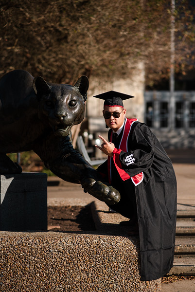 Alvin_College_Graduation_Photoshoot_2019-10.jpg
