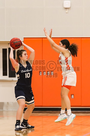 Girls Varsity Basketball - 2020