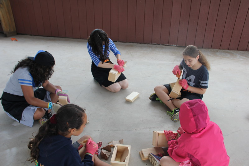 kars4kids_thezone_camp_GirlDivsion_workshops_WoodWorking (46).JPG