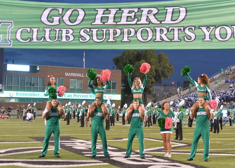 cheerleaders4647.jpg