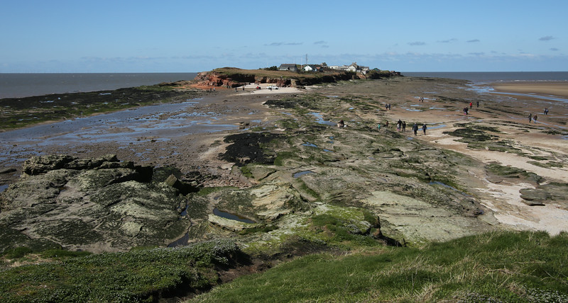 Walking to Hilbre Island