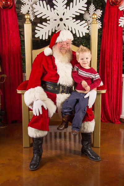 Santa 12-16-17-356.jpg