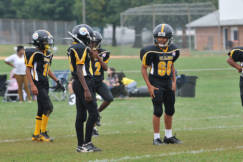 Pop Warner Steelers 8-10 Game Photos