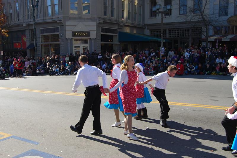 Parade 554.jpg