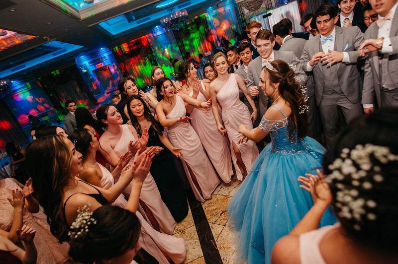 First Dance Images-512.jpg