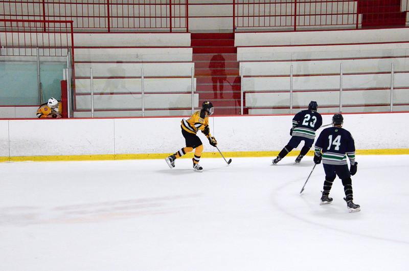 150907 Jr. Bruins vs. Whalers-111.JPG